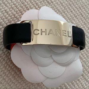 NEW Chanel Signature Logo Plate Leather Bracelet